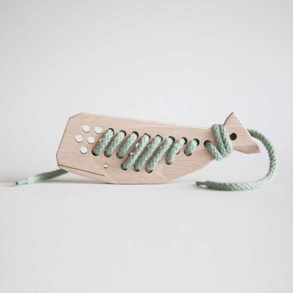 aleta-kids-whale-lacing-toy-green