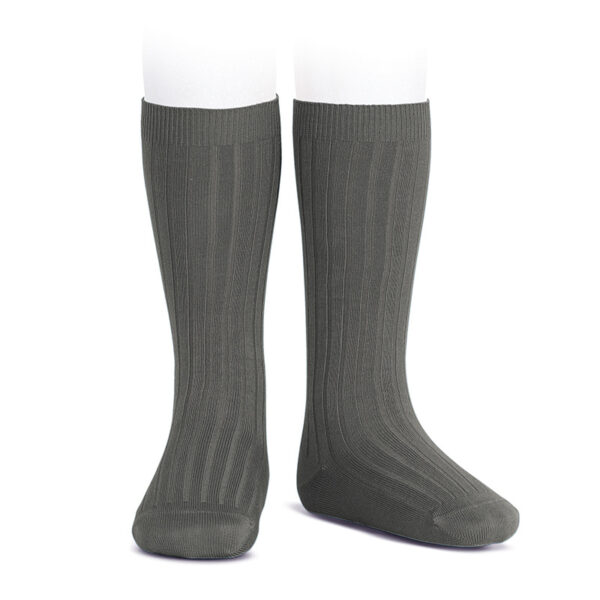 wide-rib-knee-high-socks-asphalt
