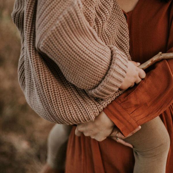 Yuki knitter sweater mist detail