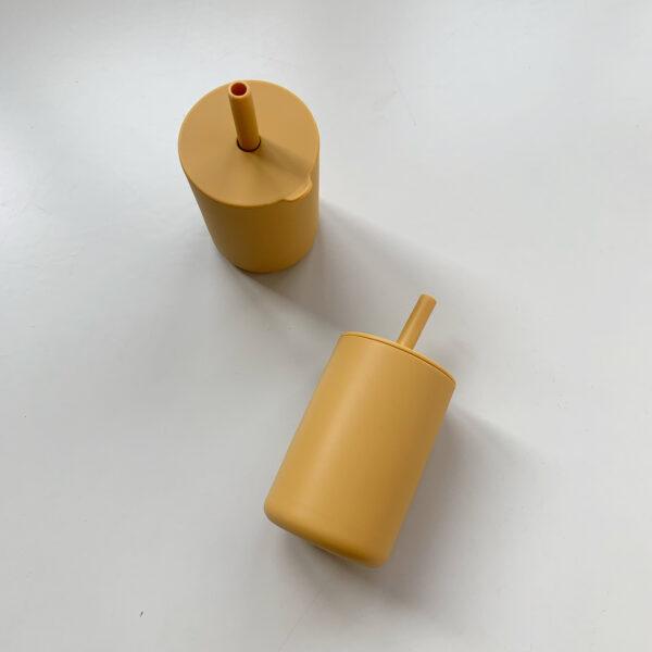 Siliconen drinkbeker geel 3