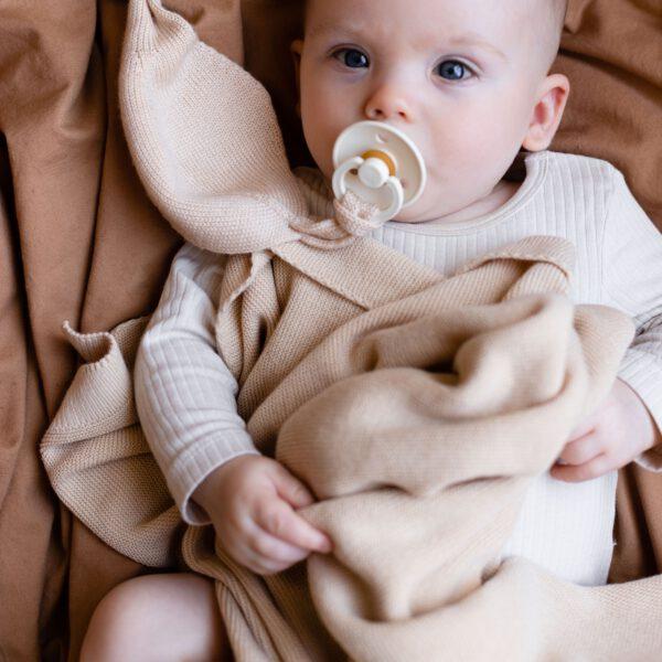 Hvid Blanket dekentje Deedee Breeze + paciefierholder oat
