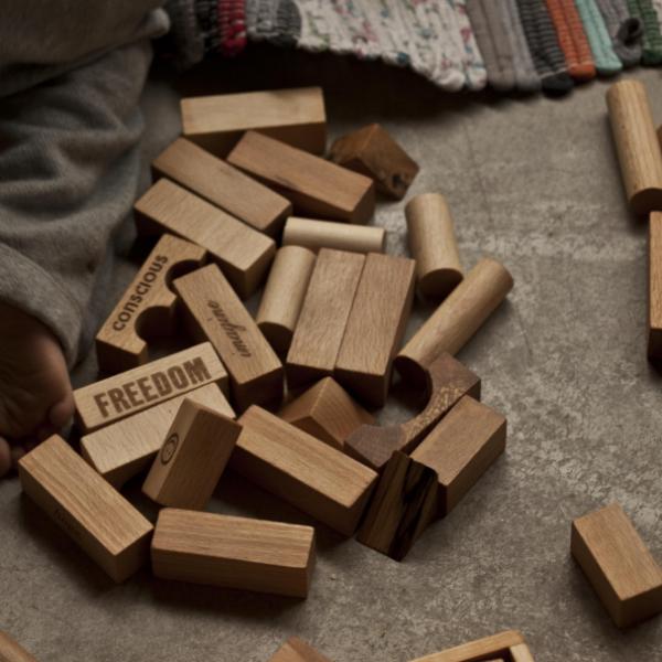 Wooden Story natural-blocks-30pcs-tray 7